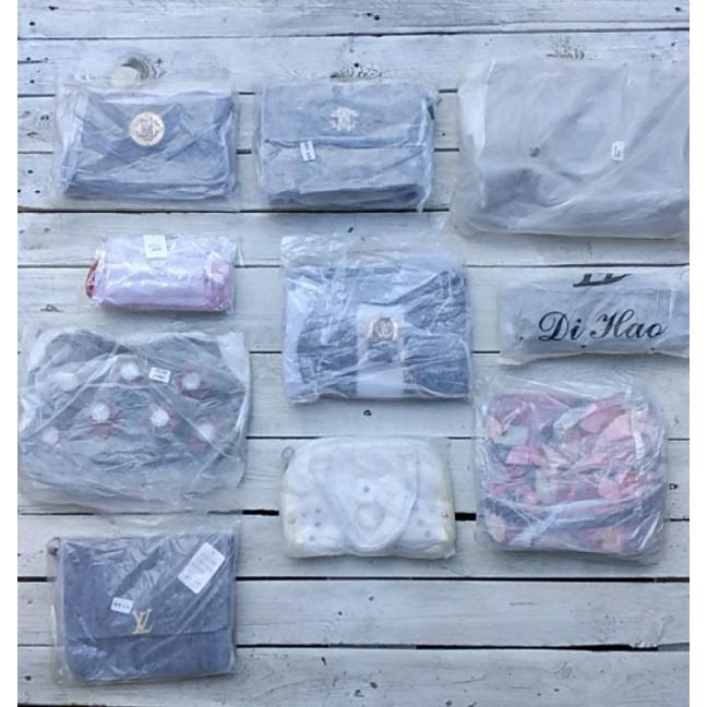 0250 лот женских сумок в фабричных упаковках (10 ед.) Сумка: артикул 1121290